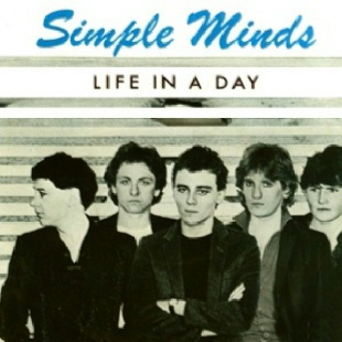 jaquettes2/simple-minds_life-in-a-day_reissue.jpg